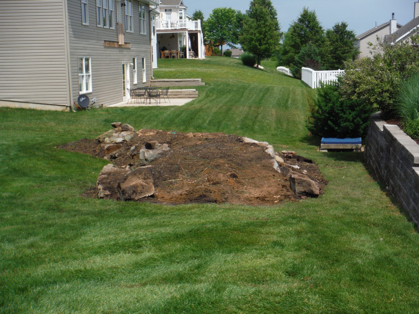 New Landscape Bed Palmyra Professional Lawn Management